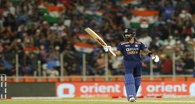 Virat Kohli becomes first cricketer to score 3,000 runs in T-20 International